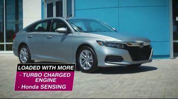 Honda Summer Spectacular Event TV Spot, 'Get Accords' [T2] - Thumbnail 9
