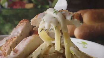 Olive Garden $5 Take Home Entrees TV Spot, 'Hurry In: Two Nights' - Thumbnail 2