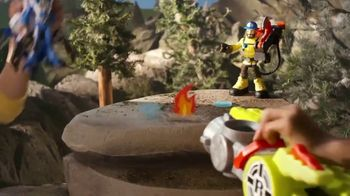 Rescue Heroes Transforming Fire Truck TV Spot, 'No One Gets Left Behind' - Thumbnail 7