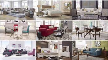 Rooms to Go TV Spot, 'Labor Day: Reclining Sofa' - Thumbnail 3