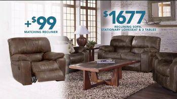 Rooms to Go TV Spot, 'Labor Day: Reclining Sofa' - Thumbnail 7