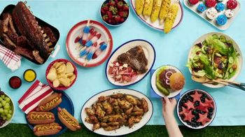 Winn-Dixie TV Spot, 'Ultimate Summer: Bone-In Pork Shoulder, Baked Beans and Gatorade' - Thumbnail 3