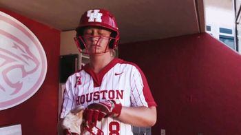 University of Houston TV Spot, 'Game Day, Any Day' Featuring Dennis Quaid - Thumbnail 6