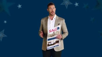 Rooms to Go Labor Day Sale TV Spot, 'Newspaper Coupons' Featuring Jesse Palmer - Thumbnail 4