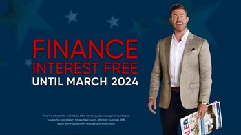 Rooms to Go Labor Day Sale TV Spot, 'Newspaper Coupons' Featuring Jesse Palmer - Thumbnail 9