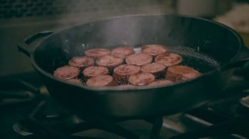 Eckrich Smoked Sausage TV Spot, 'Extra Crispy' Featuring Kirk Herbstreit - Thumbnail 4
