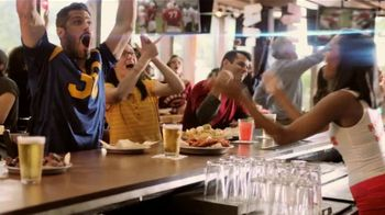 Hooters TV Spot, 'Confessions Hero' - Thumbnail 8