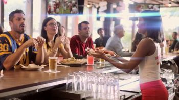 Hooters TV Spot, 'Confessions: Couple' - Thumbnail 2
