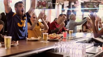 Hooters TV Spot, 'Confessions: Couple' - Thumbnail 3