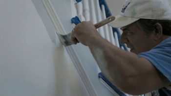 Lowe's Labor Day Savings TV Spot, 'Paint and Stains' - Thumbnail 1