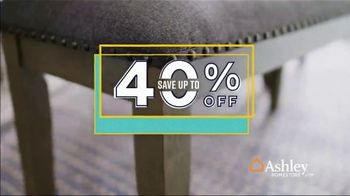 Ashley HomeStore Labor Day Sale TV Spot, 'Wrap Up Summer: 40% Off' Song by Midnight Riot - Thumbnail 3
