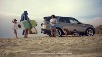 2019 Land Rover Discovery TV Spot, 'Intelligent Seat Fold: Beach' [T2] - Thumbnail 2