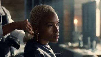 2020 Range Rover Evoque TV Spot, 'The Power of Distraction' Song by Damny [T2] - Thumbnail 6