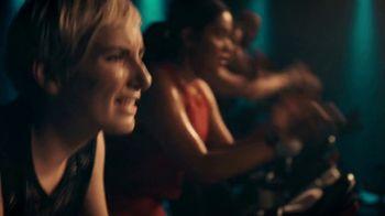 Fitbit Versa 2 TV Spot, 'Alexa & Fitness Tracking'