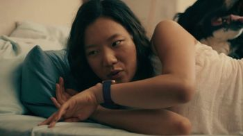 Fitbit Versa 2 TV Spot, 'Alexa & Sleep Score'