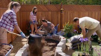 Lowe's Labor Day Savings TV Spot, 'Premium Mulch' - Thumbnail 4