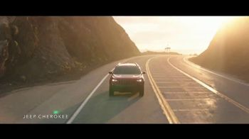 Jeep Labor Day Sales Event TV Spot, 'The Freedom to Do It All' Song by Jeremy Renner [T2] - Thumbnail 1