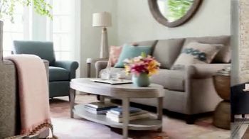 Bassett Labor Day Sale TV Spot, 'Special Buys Plus Furniture and Rugs' - Thumbnail 4