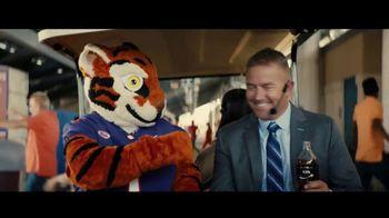 Coca-Cola TV Spot, 'Thiel College: This Is Our Team' - Thumbnail 10