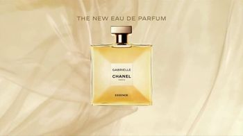 Chanel Gabrielle Essence TV Spot, 'The New Eau De Parfum' Featuring Margot Robbie, Song by Beyoncé - Thumbnail 9