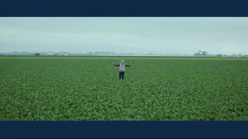 IBM Cloud TV Spot, 'Problem Solvers: Zach Barnes, Farm Manager, Dole' - Thumbnail 7