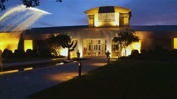 Auburn University TV Spot, 'Think Auburn' - Thumbnail 9
