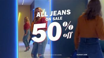 Old Navy High-Rise Slim Straight Jeans TV Spot, 'Reunion: 50 Percent Off' Featuring Busy Philipps - Thumbnail 10