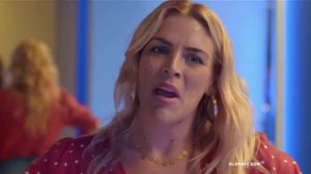 Old Navy High-Rise Slim Straight Jeans TV Spot, 'Reunion: 50 Percent Off' Featuring Busy Philipps - Thumbnail 9