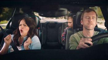 Chrysler Labor Day Sales Event TV Spot, 'Talking Van: Bad Parents' Song by Kelis [T2] - Thumbnail 4