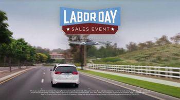 Chrysler Labor Day Sales Event TV Spot, 'Talking Van: Bad Parents' Song by Kelis [T2] - Thumbnail 7