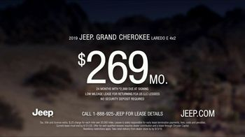 Jeep Labor Day Sales Event TV Spot, 'Grand Party' Featuring Jeremy Renner [T2] - Thumbnail 9