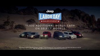 Jeep Labor Day Sales Event TV Spot, 'Grand Party' Featuring Jeremy Renner [T2] - Thumbnail 8