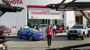 Toyota National Clearance Event TV Spot, 'Duet' [T1] - Thumbnail 8