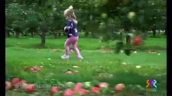 Visit Syracuse TV Spot, 'Strangers Become Friends' - Thumbnail 6