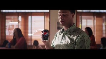 Pepsi Zero Sugar TV Spot, 'Pizza: We Belong Together' Song by Pat Benatar - Thumbnail 7