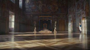 2019 Infiniti QX80 TV Spot, 'Thrones' [T2] - Thumbnail 1