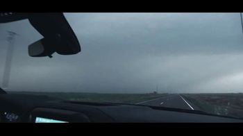 Chevrolet Silverado TV Spot, 'Storm Chasers' [T1] - Thumbnail 3