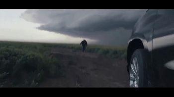 Chevrolet Silverado TV Spot, 'Storm Chasers' [T1] - Thumbnail 9