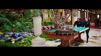 Encore Boston Harbor TV Spot, 'Roulette Table' Song by Frank Sinatra