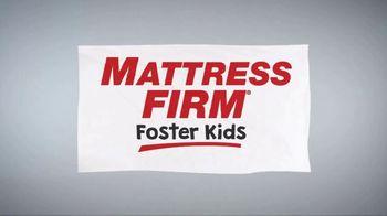 Mattress Firm Foster Kids TV Spot, 'Bedtime Book Drive' - Thumbnail 1