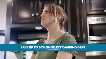 Camping World RV Festival TV Spot, 'Rock Show' - Thumbnail 10