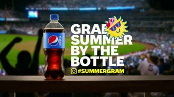 Pepsi TV Spot, 'Summergram: Brats and Baseball' - Thumbnail 5