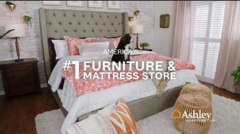 Ashley HomeStore Stars & Stripes Mattress Event TV Spot, 'Sealy & Beautyrest Adjustable Sets' Song by Midnight Riot - Thumbnail 7
