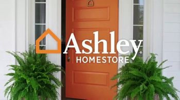 Ashley HomeStore Stars & Stripes Mattress Event TV Spot, 'Beautyrest Adjustable Sets' - Thumbnail 1