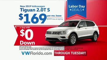Volkswagen Labor Day Deals TV Spot, '2019 Jetta & Tiguan' [T2] - Thumbnail 5