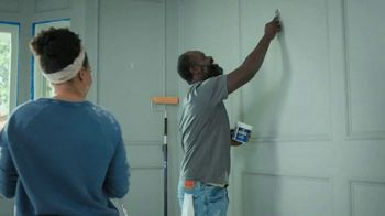 Lowe's Labor Day Savings TV Spot, 'Do It Right: Valspar Paint + Primer' - Thumbnail 1