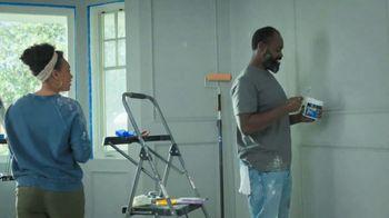 Lowe's Labor Day Savings TV Spot, 'Do It Right: Valspar Paint + Primer' - Thumbnail 2