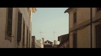 Away Luggage TV Spot, 'The Best Restaurant in the World' - Thumbnail 1