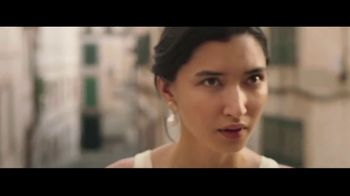 Away Luggage TV Spot, 'The Best Restaurant in the World' - Thumbnail 5