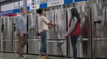 Lowe's Labor Day Savings TV Spot, 'Refreshing Updates: Appliances & Valspar Paint' - Thumbnail 4